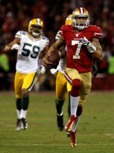 Colin Kaepernick running away from the Packers